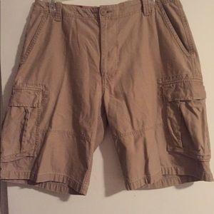 Arizona Cargo Shorts size 36
